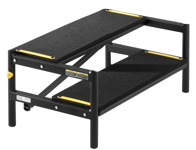 treppe f r mobile b hne ohne gel nder lms lehrmittel. Black Bedroom Furniture Sets. Home Design Ideas
